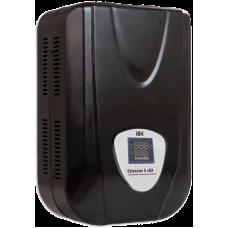 Стабилизатор напряжения настенный серии Extensive 8 кВА IEK (Арт: IVS28-1-08000)