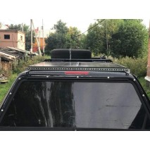 Установка солнечных батарей на крыше авто Toyota Tundra